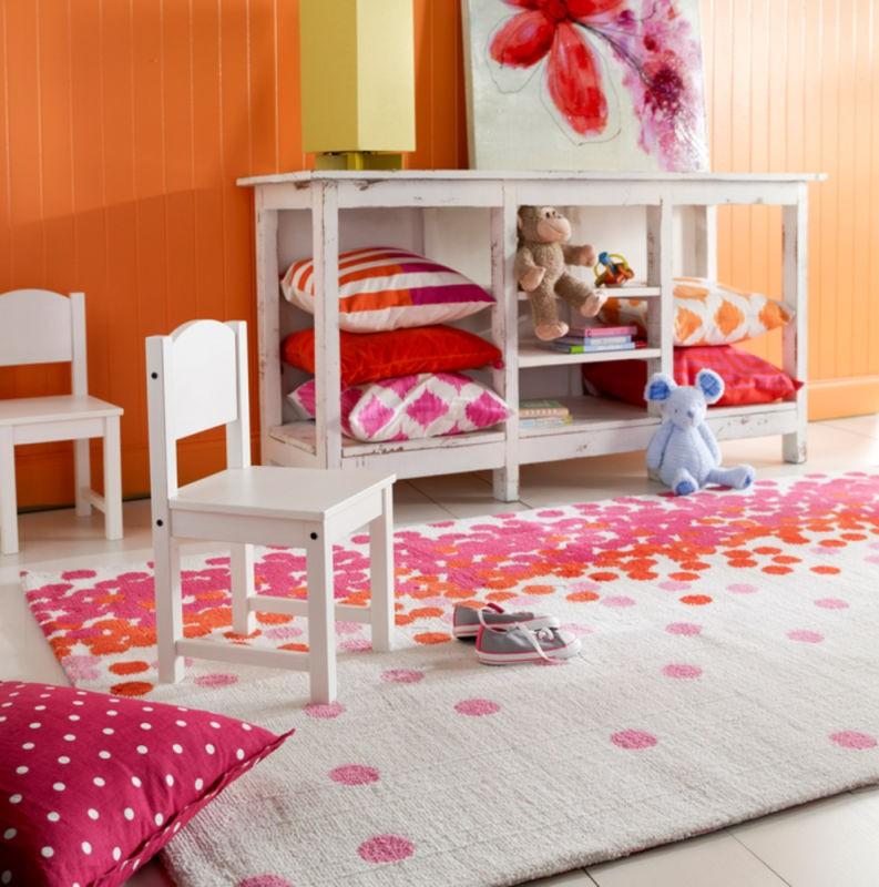 Pantone blog Surya Abigail Bright Pink | Choice Floor Center, Inc.